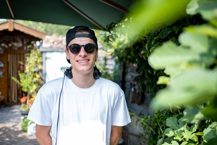 DJ 5NAPBACK aka Laurens Van Herck draait op Tomorrowland