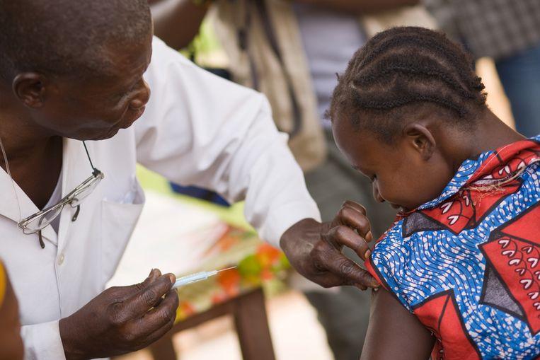 Vaccinaties in Kenia en Niger.