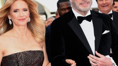 """John Travolta en Kelly Preston ontdekken éindelijk sociale media: """"We moesten van onze dochter"""""""