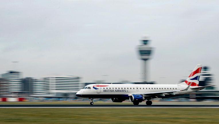 Reizigers zijn mogelijk veel tijd kwijt bij reizen naar VK Beeld ANP