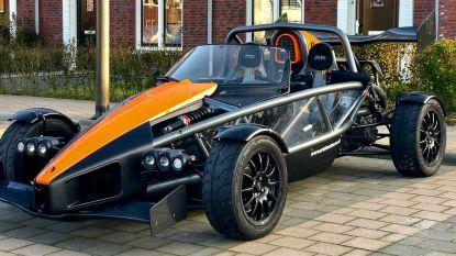 Dit Nederlandse restaurant heeft wel heel bijzondere service: bezorger brengt nasi met zijn racewagen