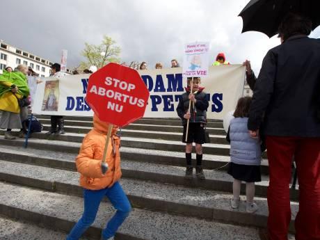 Trendbreuk: jongeren kritischer op abortus dan hun ouders