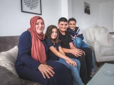 """Gülsan Gök, vrouw coronapatiënt die genas met bloed van dokter UZ: """"Yücel toont zijn gevoelens nu gemakkelijker"""""""