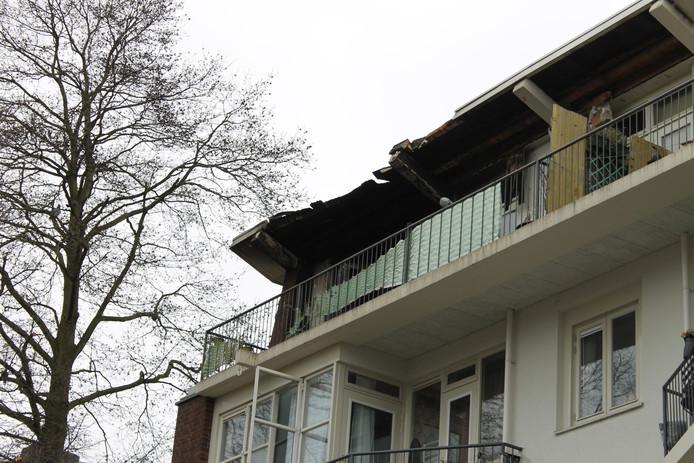 De uitgebrande woning aan de Gerdesiaweg.