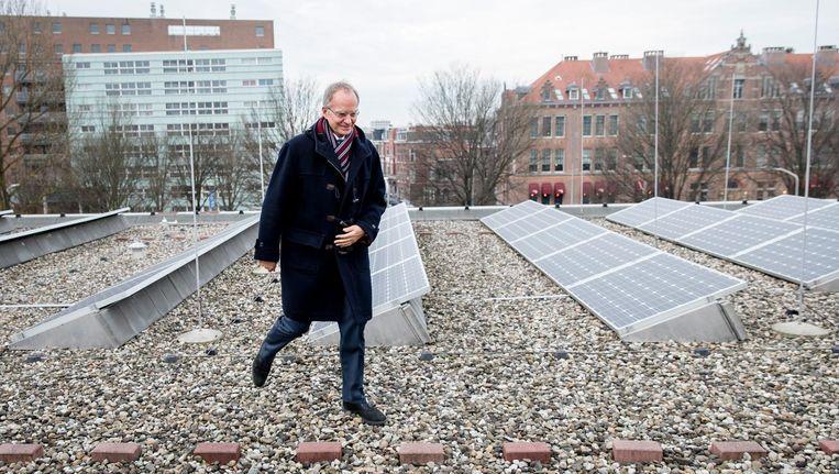 Minister Henk Kamp van Economische Zaken tijdens de toelichting op de Energieagenda in het Museon. De agenda schetst de weg naar een CO2-arme energievoorziening. Beeld anp