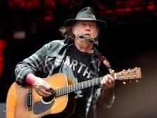 Neil Young porte plainte contre Trump pour l'empêcher d'utiliser ses chansons
