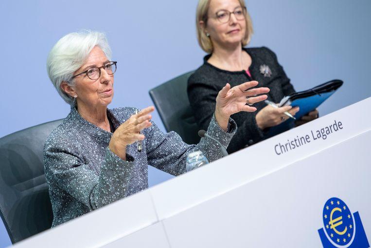 Voorzitter van de ECB Lagarde hield dinsdagavond een hartstochtelijk pleidooi voor gezamenlijk schuldpapier van de eurolanden.   Beeld Getty Images