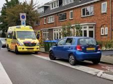 Fietser gewond door ongeval op rotonde in Ede