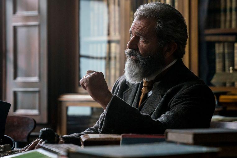 The Professor and the Madman is een Amerikaans-Ierse drama-film, gebaseerd op het boek The Surgeon of Crowthorne van Simon Winchester met in de hoofdrol Golden Globe-winnaar Mel Gibson.