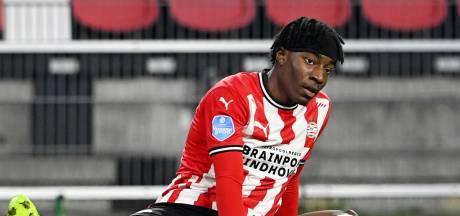 PSV verwacht zondag uitsluitsel over spierblessure Madueke: 'Hij was in goede vorm'