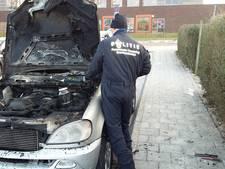 Flyers uitgedeeld in Culemborg: 'Autobranden moeten stoppen!'