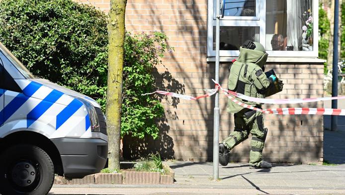 De Explosieven Opruimingsdienst Defensie (EOD) onderzocht de situatie