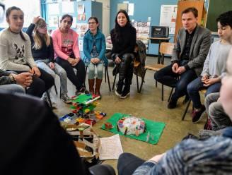 Kristel Verbeke bewondert 'ideale school' van leerlingen Unescoschool