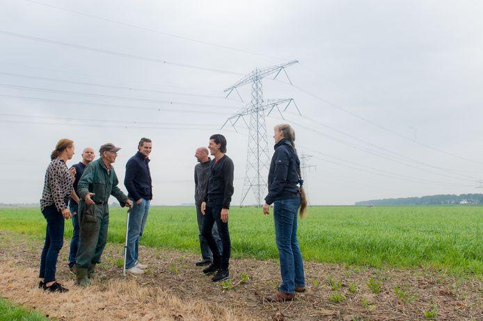 Verzet van buurtschap de Kattekraam tegen de voorgestelde route van 380Kv in Zevenbergschen Hoek.