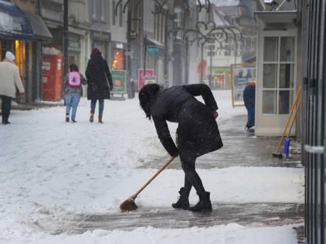 LIVE: Ongelukken door sneeuwval Zeeland vallen nog mee