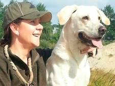 Corina leert jagen: 'Sommige mensen denken dat jagers alles maar doodschieten'