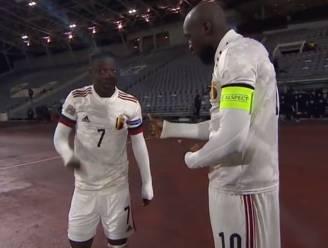 """Jérémy Doku spreekt voor het eerst in Frankrijk: """"Ik mag Lukaku altijd bellen als ik vragen heb"""""""