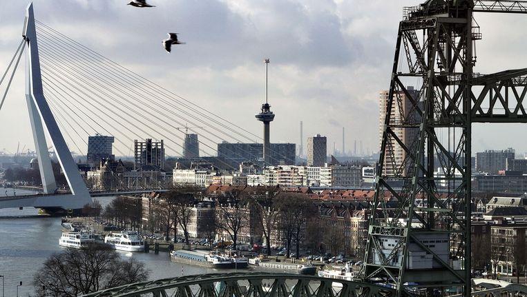De skyline van Rotterdam met o.a. de Euromast. Beeld Arie Kivit