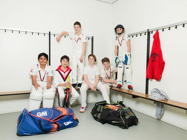 (Vlnr) Ibaad (12), Gijs (12), Olaf (10), Tristan (12), Jake (13) en Mark (11), U13, ACC. Beeld Ivo van der Bent