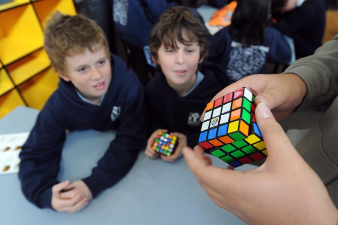 21778a8e7e5 Rubiks Kubus mag niet zomaar worden nagemaakt   Binnenland   AD.nl