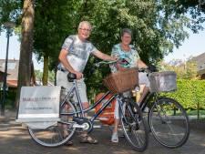 Bas en Jo stoppen na dertig jaar in Diessen met hun krantenwijk: 'Telegraaf was de vuilste van allemaal'