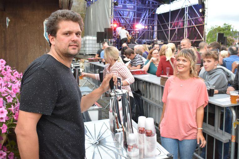 Tom De Jaeger betreurt dat zoveel mensen hun eigen drank meebrengen.