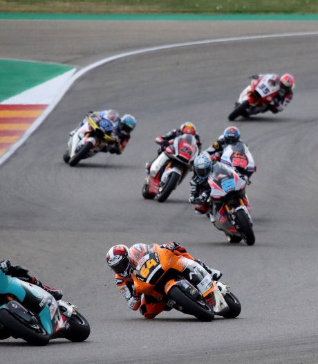 Lowes nieuwe leider Moto2, Bendsneyder 16de in GP Teruel