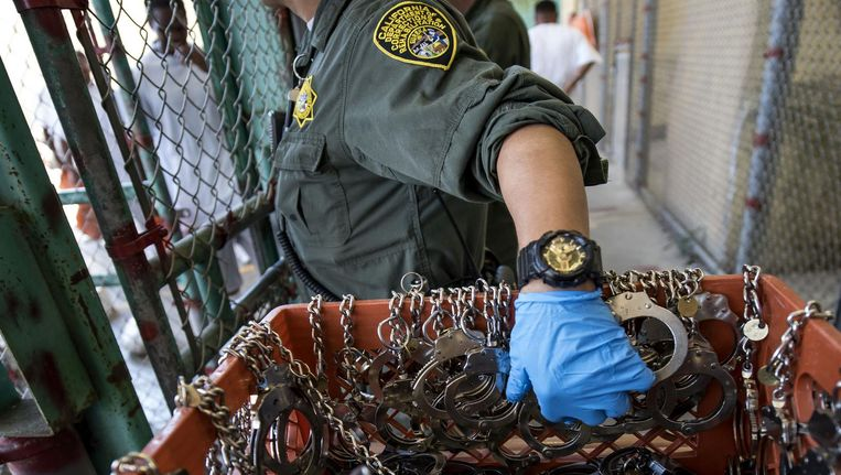 Een bewaker van de San Quentin State Prison. Beeld getty