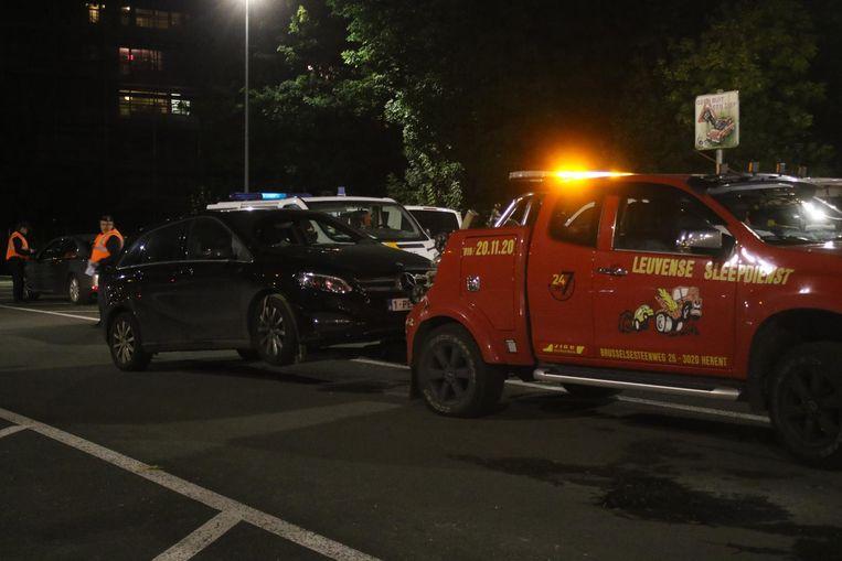 Een onverzekerde Mercedes werd weggesleept.