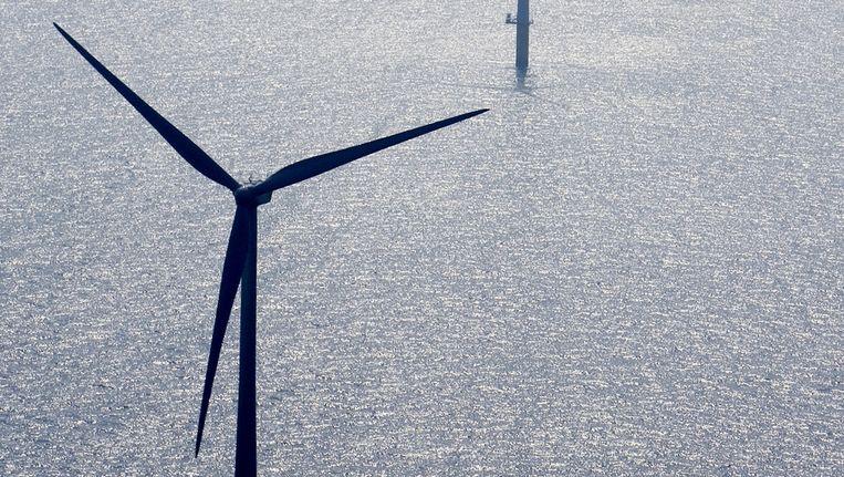 Het windmolenpark bij Egmond aan Zee. Beeld