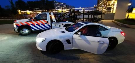 Politie neemt vrijstaande woning, 600.000 euro, vuurwapens en luxe goederen in beslag in Vlaardingen