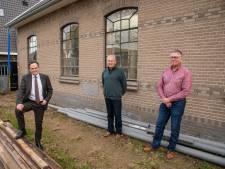 Nieuw stalen skelet van 'monumentendokter' Bilder redt Ermelose pannenfabriek van de ondergang