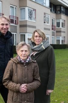 Bewoners Swaenewoerd in Raalte verzetten zich na oekaze over tuin