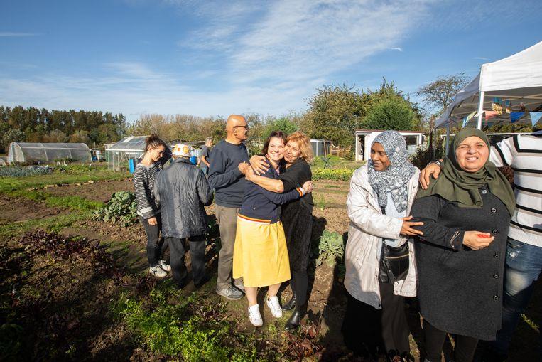 De Truienaren komen samen in de volkstuintjes om groenten en fruit te kweken.