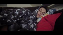 """""""Ik kan niet eten of stappen, alles doet pijn"""": Telefacts NU doorbreekt taboe rond endometriose"""