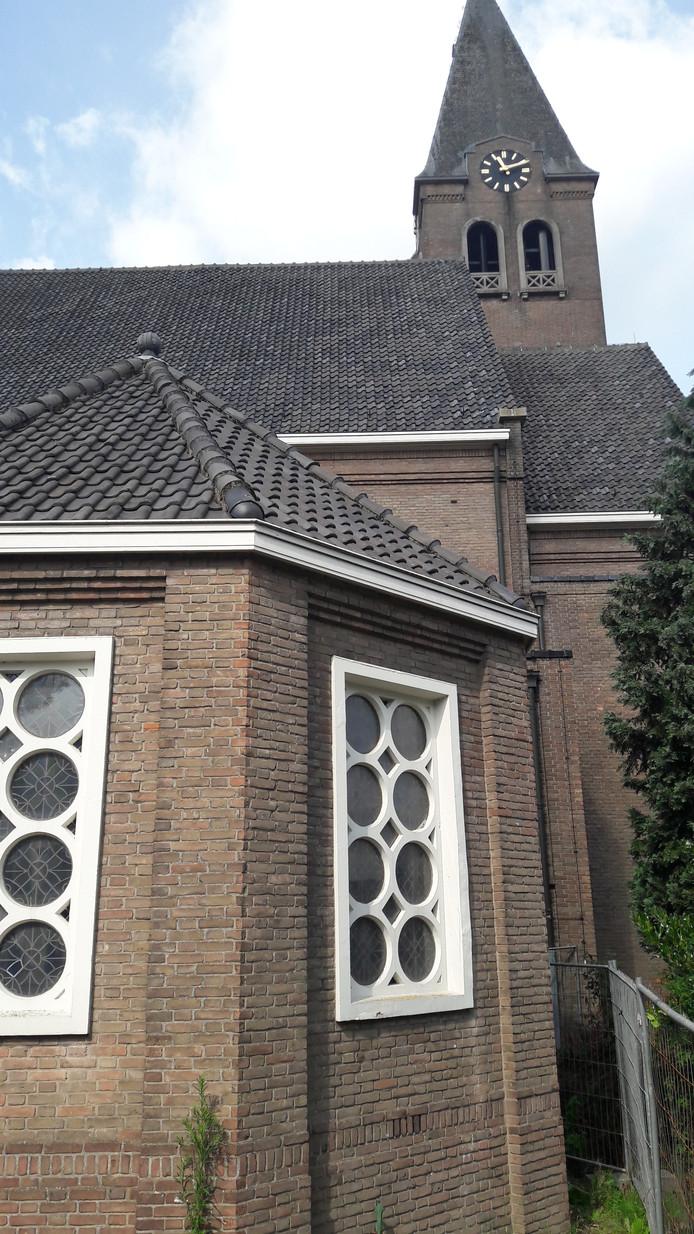 De voormalige kerk van de Schijndelse wijk Boschweg krijgt mogelijk zonnepanelen op het dak.