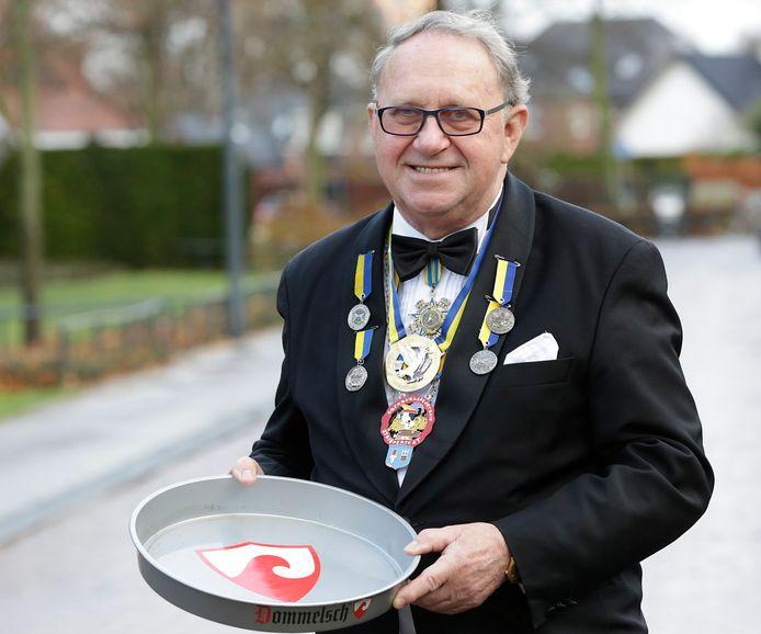 Gerard Ras, die door iedereen Gerrit werd genoemd, was vele jaren een drijvende kracht achter het Valkenswaardse carnaval.