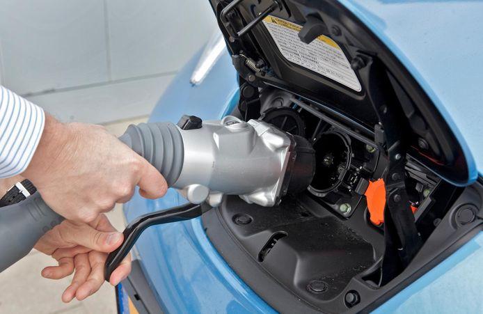 Elektrische auto's zijn volgens onderzoek duurder in gebruik.