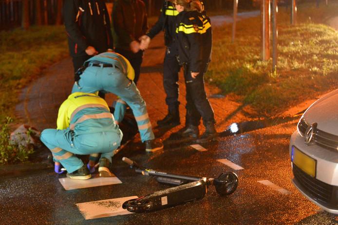 Botsing tussen auto en stepje in Breda.