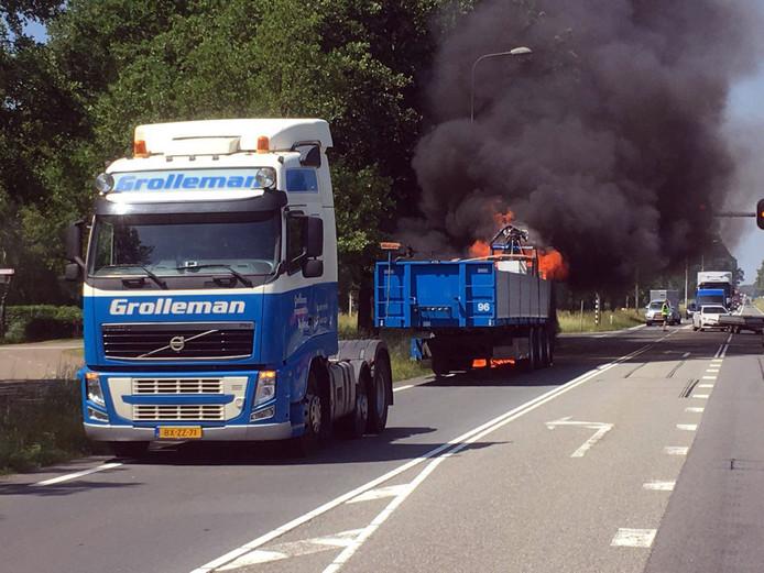 De hulpdiensten moesten vandaag uitrukken voor een brand in een vrachtwagen op de N35 bij Haarle.