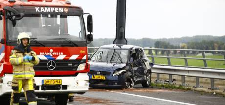 N50 korte tijd geblokkeerd door ongeluk op Eilandbrug bij Kampen
