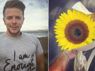 Hij geeft zonnebloem aan huilende onbekende. Wat zij hem dan vertelt, zet hun beider levens op z'n kop