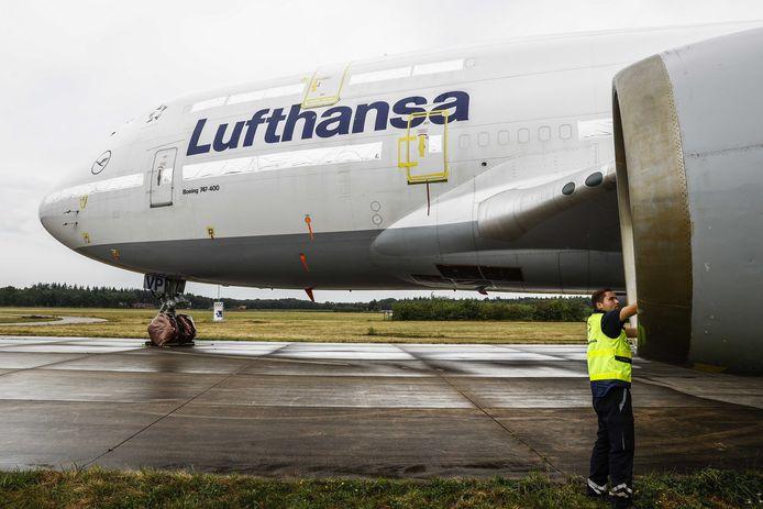 Er moeten nog een miljoen dossiers afgewerkt worden, aldus Lufthansa.