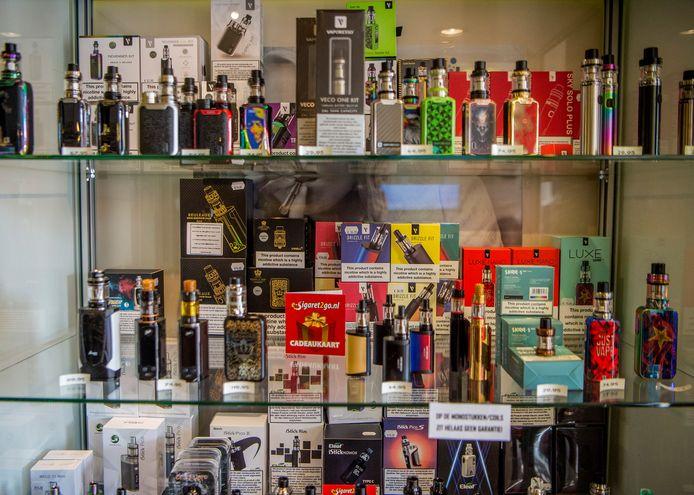 E-sigaretten worden verkocht met duizenden smaakjes. Die worden nu bijna allemaal verboden in de VS