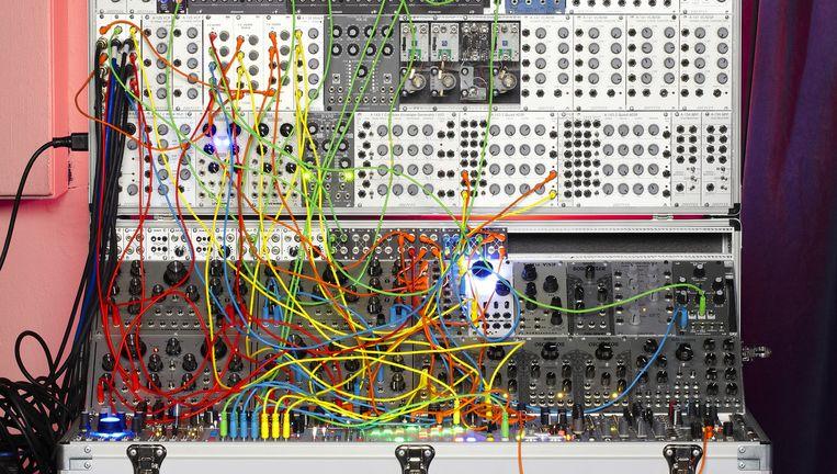 Een modulaire synthesizer. Beeld Thomas Aangeenbrug