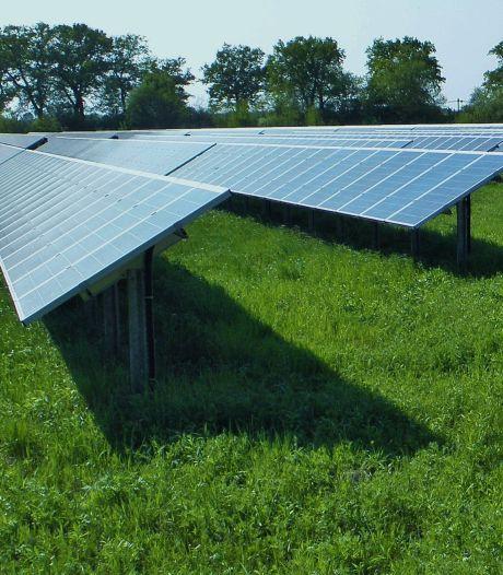 Coalitie vindt elkaar en schuift golf  aan zonneparken in Deventer naar achteren