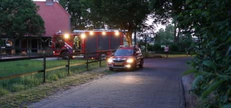Boosheid om ramptoeristen die brandweer hinderen in Raalte: 'Kijken naar brand is geen uitje'