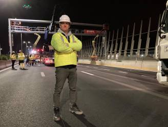 Eerste drie nieuwe seinbruggen van Oosterweelproject geplaatst