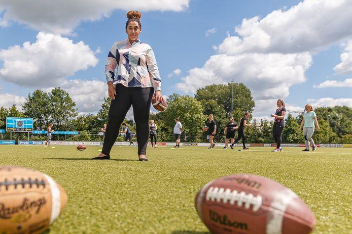 Kanessa Muluneh wil in Zwolle het zesde American Football-team voor vrouwen van de grond tillen.