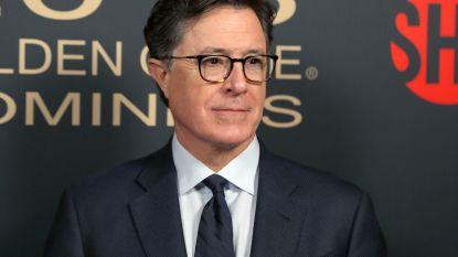 """Komiek Stephen Colbert legt auteur Trumpboek op rooster: """"Waarom geef je tapes niet vrij?"""""""